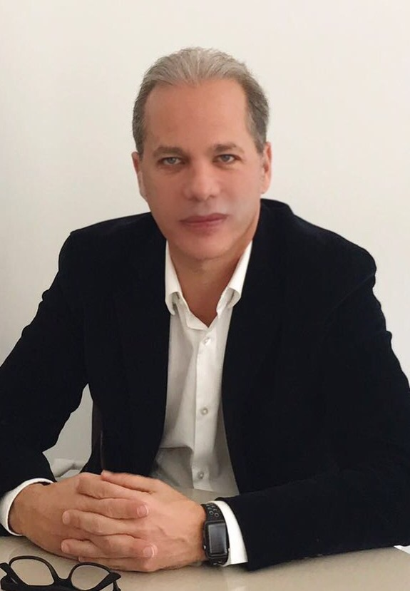 CV Dr Samuel Benarroch